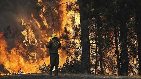 incendio-yosemite-droni-california