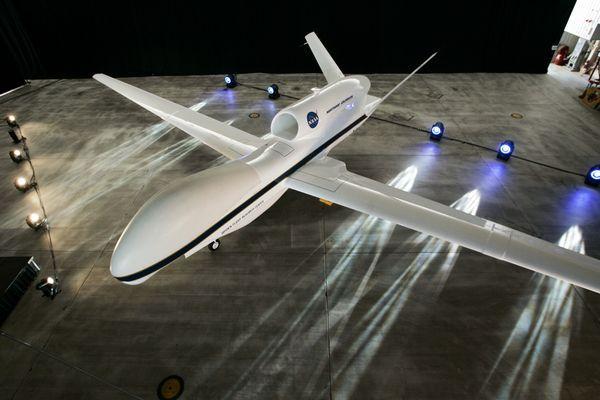 news-drones-global-hawk_59341_600x450