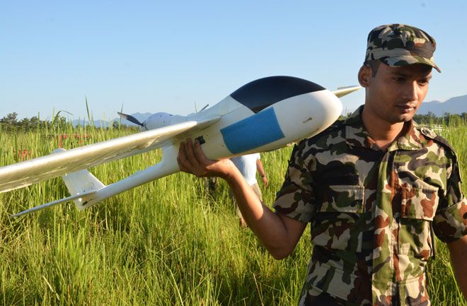 drones-save-elephants-ranger-660
