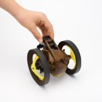 Parrot_Jumping_Sumo_TUTORIAL_Battery_Khaki