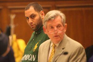 Isaac Rosa il pilota di drone arrestato e il suo avvocato - foto  Byron Smith
