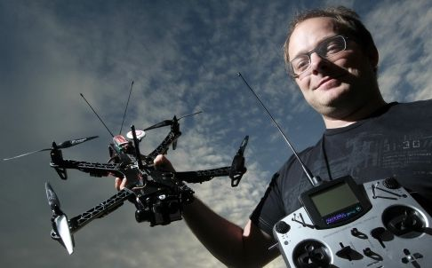 raphael-pirker-paga-la-multa-per-i-droni