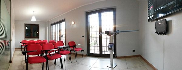 FlyTop sala conferenze