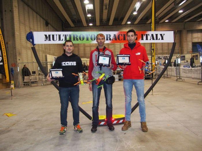 gare di fpv racing con droni al DroneShow di Ferrara