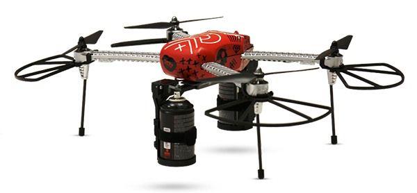Tyron drone,. il drone graffittaro