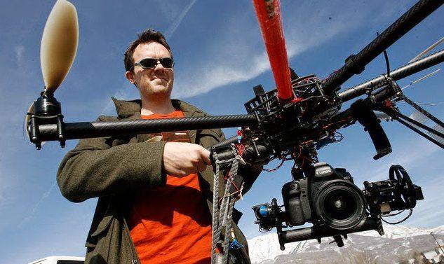 i giovani e il lavoro con i droni