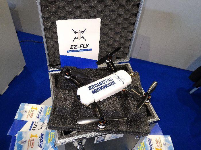 Ez-fly il drone da 300 grammi