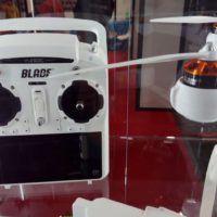 Il pezzo forte del kit, il radiocomando ST10 con visione FPV incorporata
