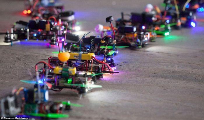 partenza gara di fpv drone racing