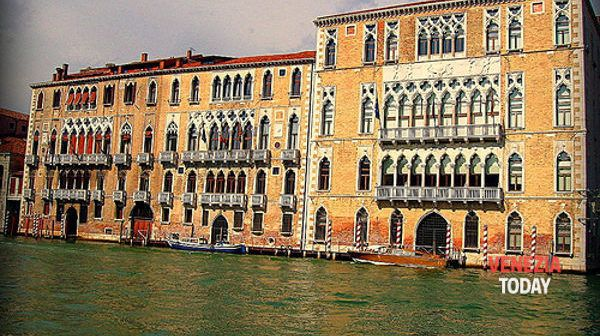 palazzo Ca' Foscari foto (c) VeneziaToday