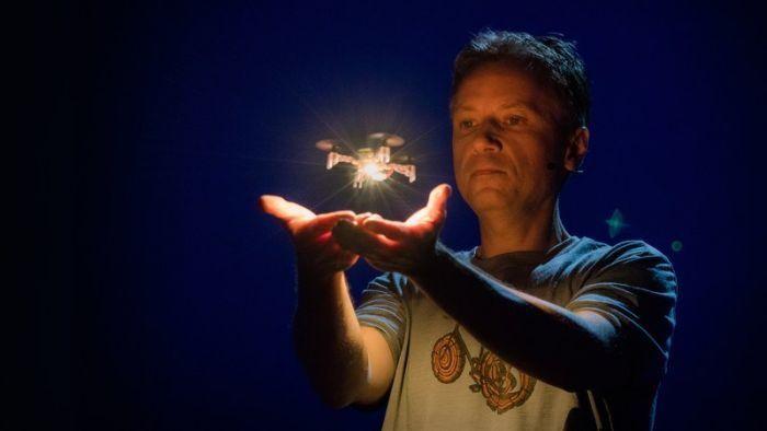 conferenza TED draffaello D'Andrea droni collaborativi