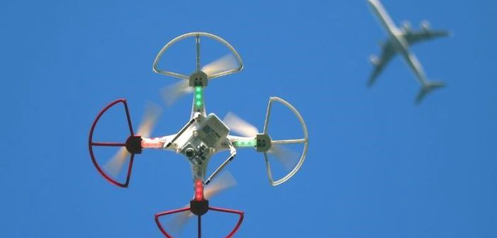 i droni sono un rischio per gli aeroplani