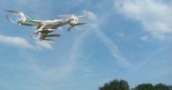 drone-falcon-in-volo-700