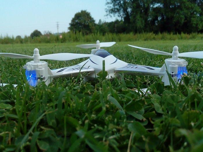 drone-tekk-falcon-primo-piano-700