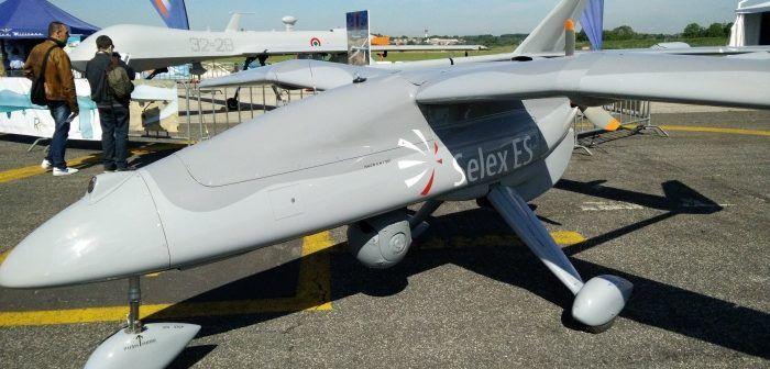 Nella foto un Falcon di Selex esposto nella passata edizione di Roma Drone