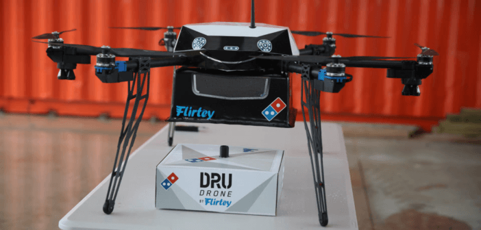 Nuova Zelanda, il drone porta la pizza. Per davvero.