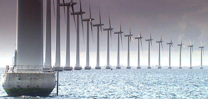 La Danimarca punta forte sui droni per l'ispezione degli impianti eolici