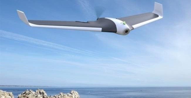 drone-parrot-disco-in-volo