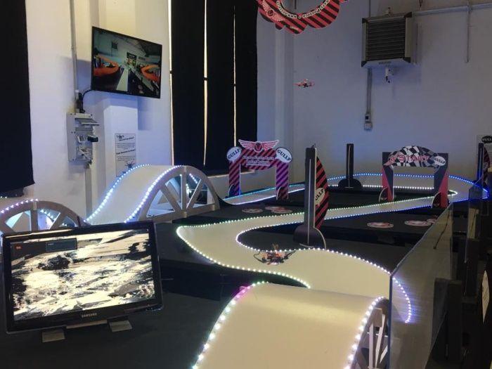 circuito-drone-fpv-racing-indoor-parco-volandia-cullip