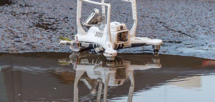 Usa: Il matrimonio con il drone finisce male, ospiti ferite chiedono i danni  allo sposo