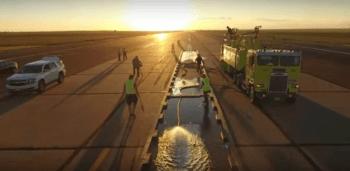 Tre tonnellate d'acqua e la pista diventa una piscina