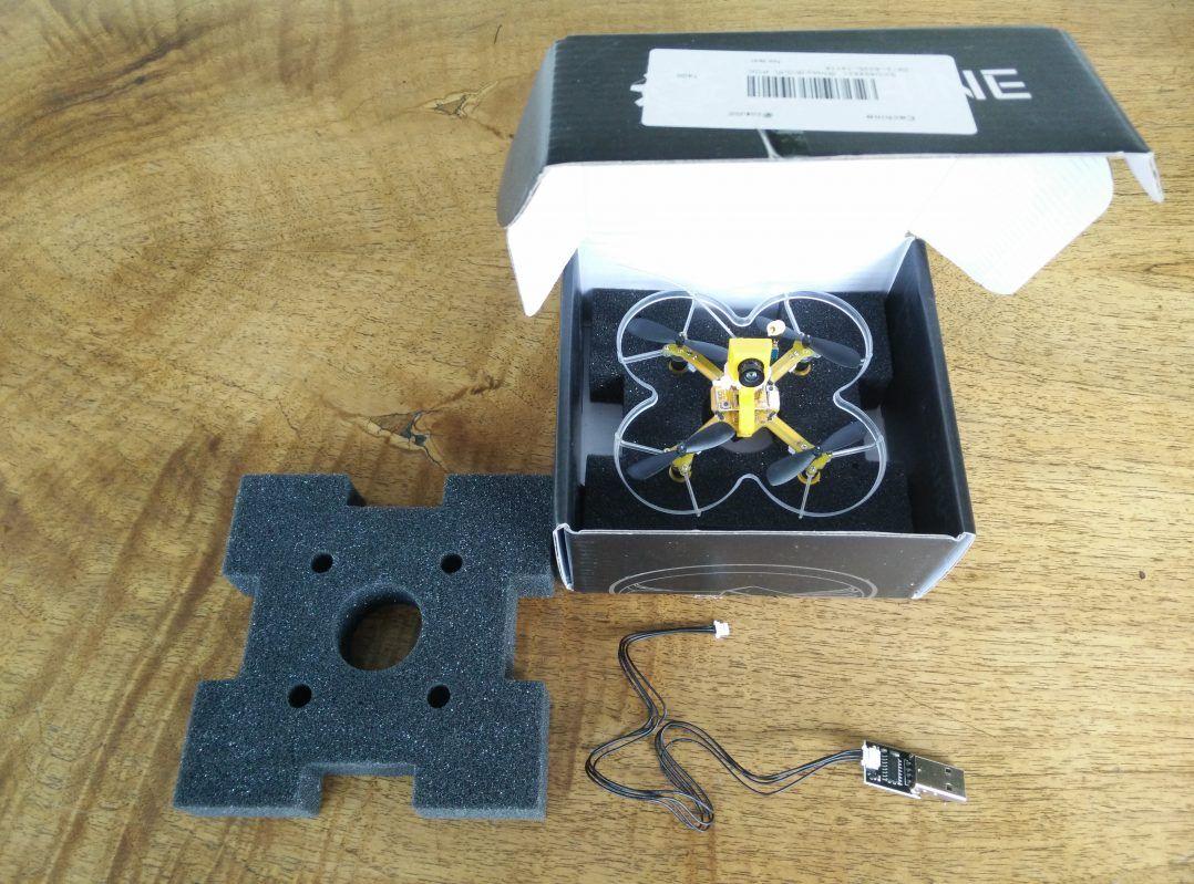 scatola-drone-eachine-e73