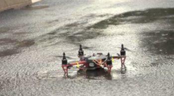 drone-sotto-alla-pioggia