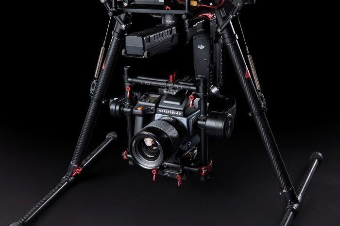 gimbal-ronin-mx-su-drone-dji-m600pro-con-hasselblad-h6d-100c