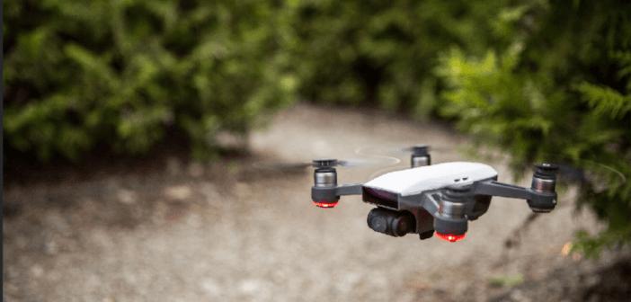 Spark: in un colpo solo DJI reinventa i droni da selfie e i SAPR inoffensivi da lavoro