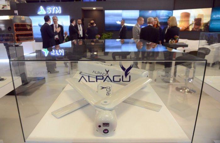 alpagu-drone-militare-turco-mostra-instanbul