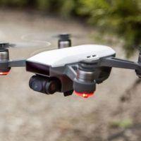 dji spark conquista mercato droni selfie