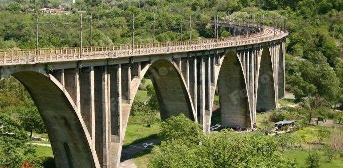RFI emette una gara per ispezione dei ponti ferroviari con i droni