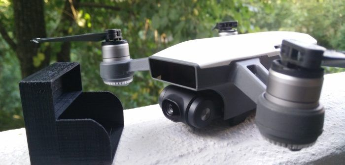 Un proteggi camera e gimbal gratis per il drone DJI Spark, se possiedi una stampante 3D