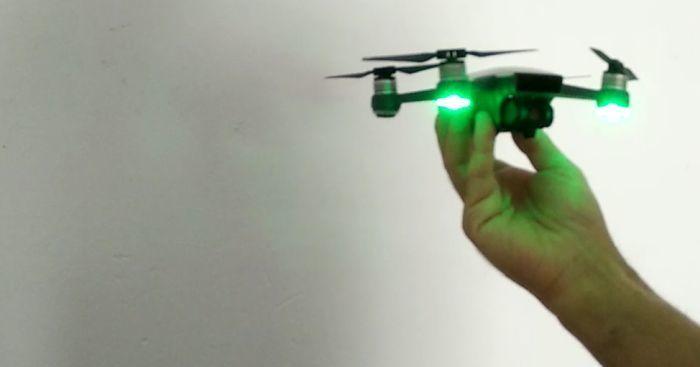 drone-dji-spark-led-accesi