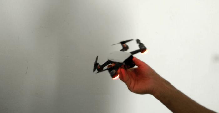 inclinazione-drone-dji-spark-spegnere-motori