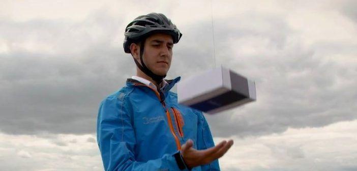 delivair consegne via drone nelle mani dell'acquirente