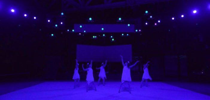 24 drones spettacolo droni e ballerine