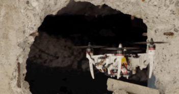 drone pieghevole in volo